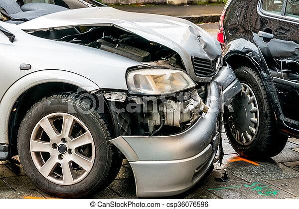 sheet metal damage to cars - csp36076596