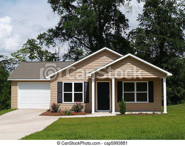 Small Residential Home - csp5993881